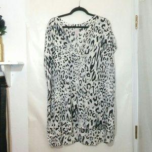 Melissa McCarty Seven7 blouse